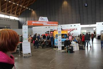 Oldtimer und Teilemarkt Rostock-Schmarl